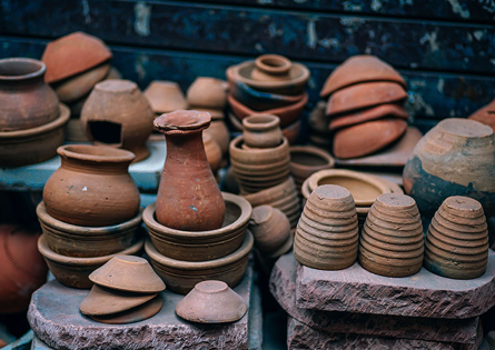 Chicano Federation - Various Mexican hand done pottery - vases and bowls