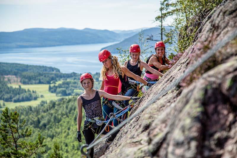 Klettersteig In English : Extreme klettersteige in den ostalpen klettern shop