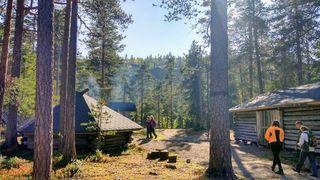 Grilling hut