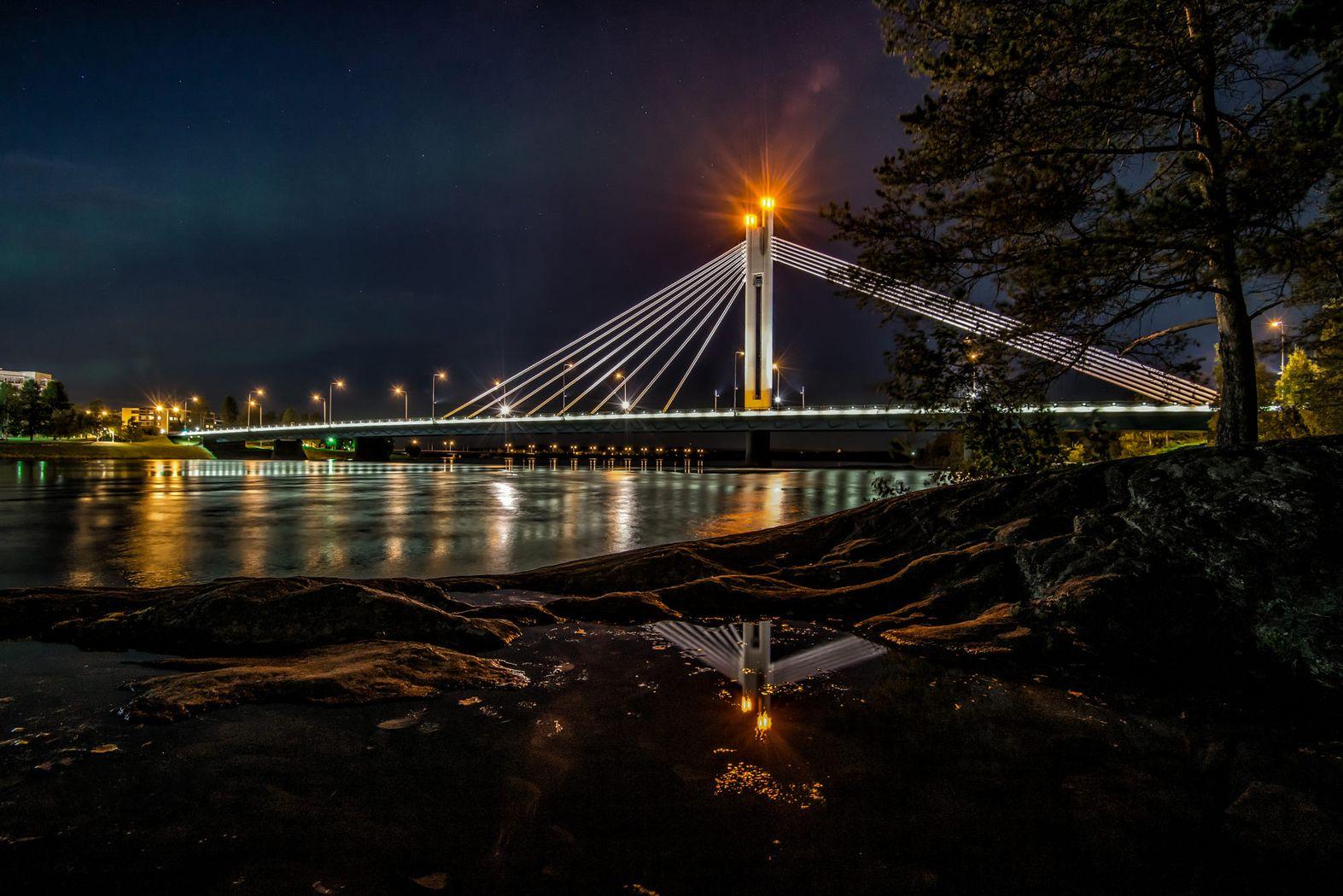 Rovaniemi Lumberjacks candle bridge