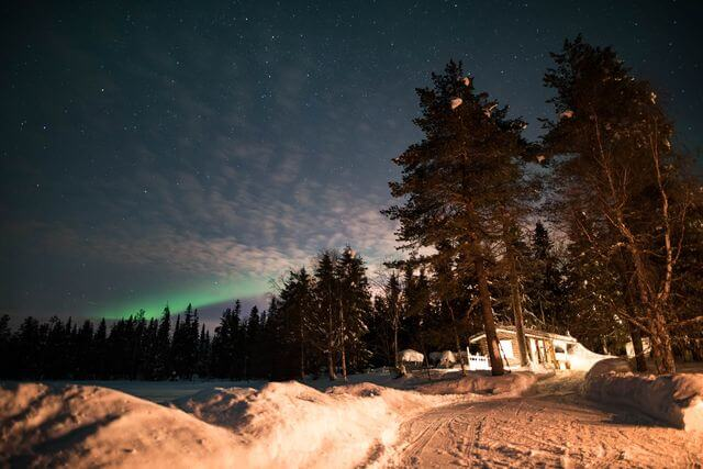 Best of Lapland - Sauna, ice swimming, dinner and Northern lights