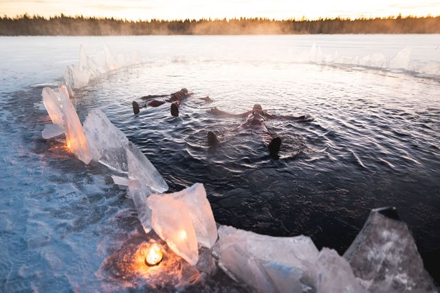 Aurora Arctic ice floating