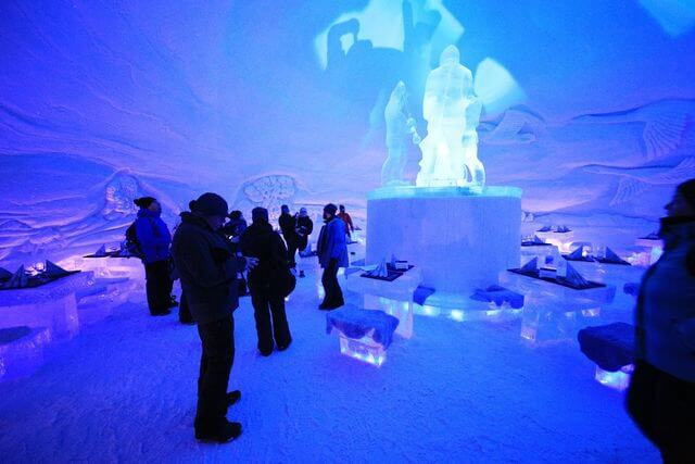 Evening Snow Hotel tour with dinner and Aurora hunting