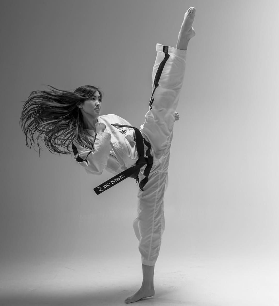 tae kwon go being performed by a woman