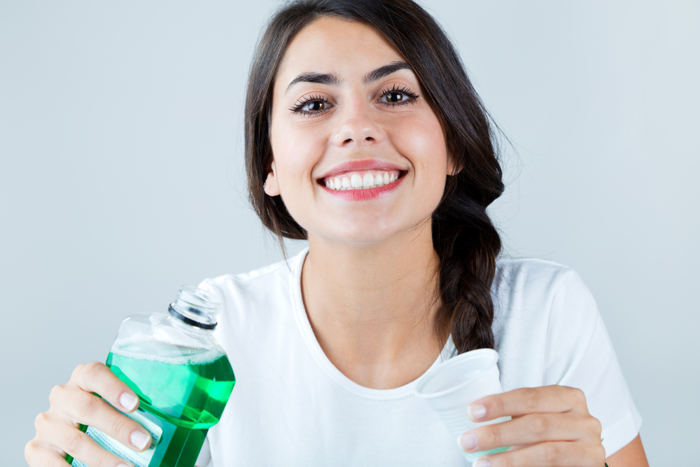 How to Use Mouth Wash