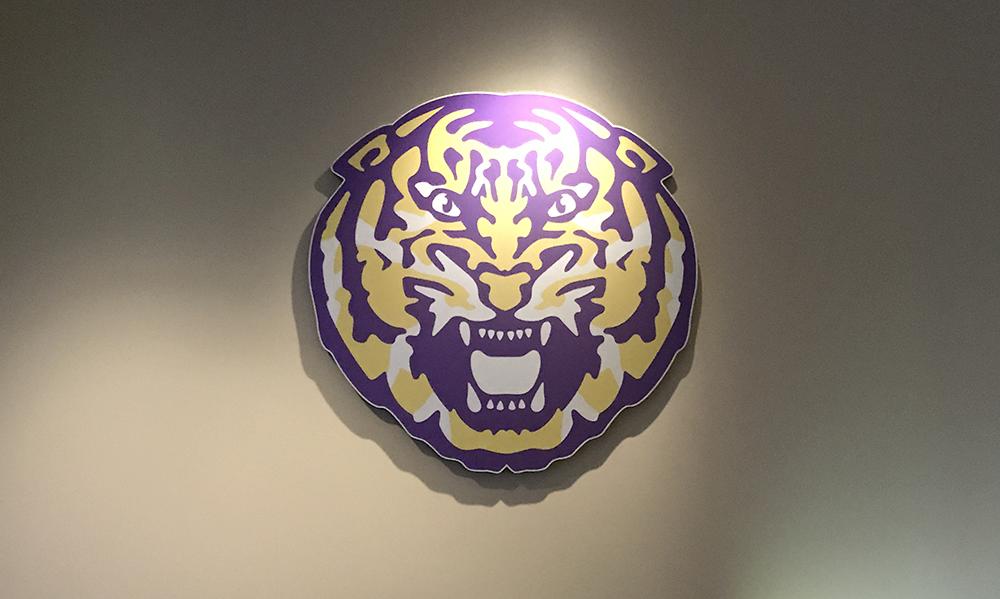 Signage LSU Tiger Logo