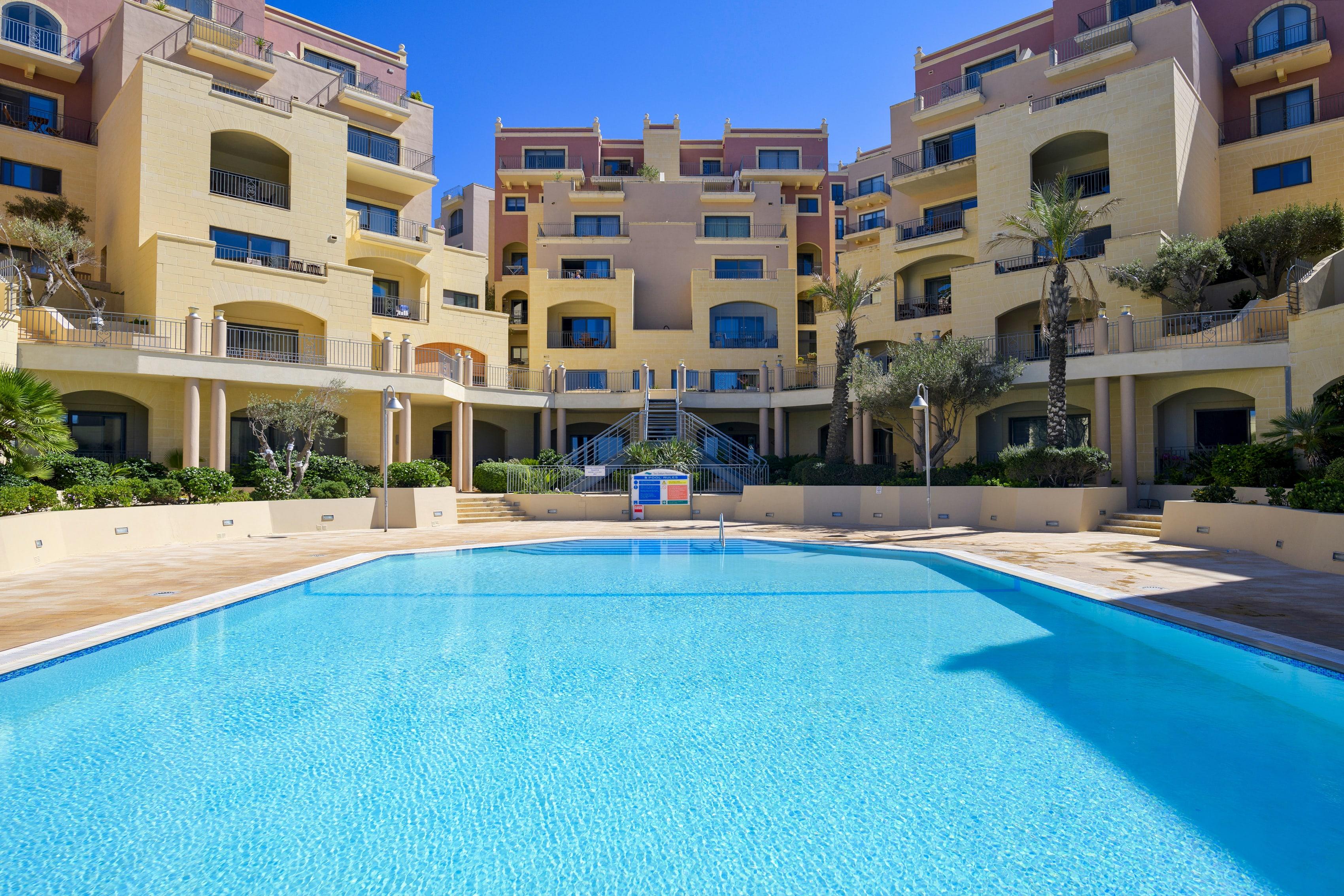 VIP ubytování - pohled na bazén