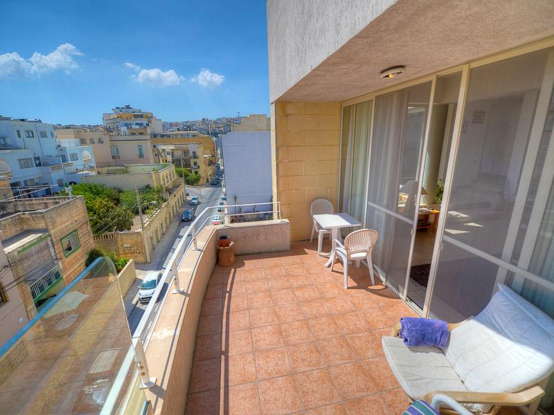 Apartmán, venkovní posezení na balkóně