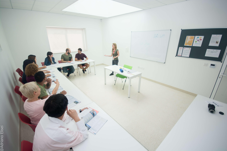 Kurzy angličtiny v jazykové škole Atlas Malta