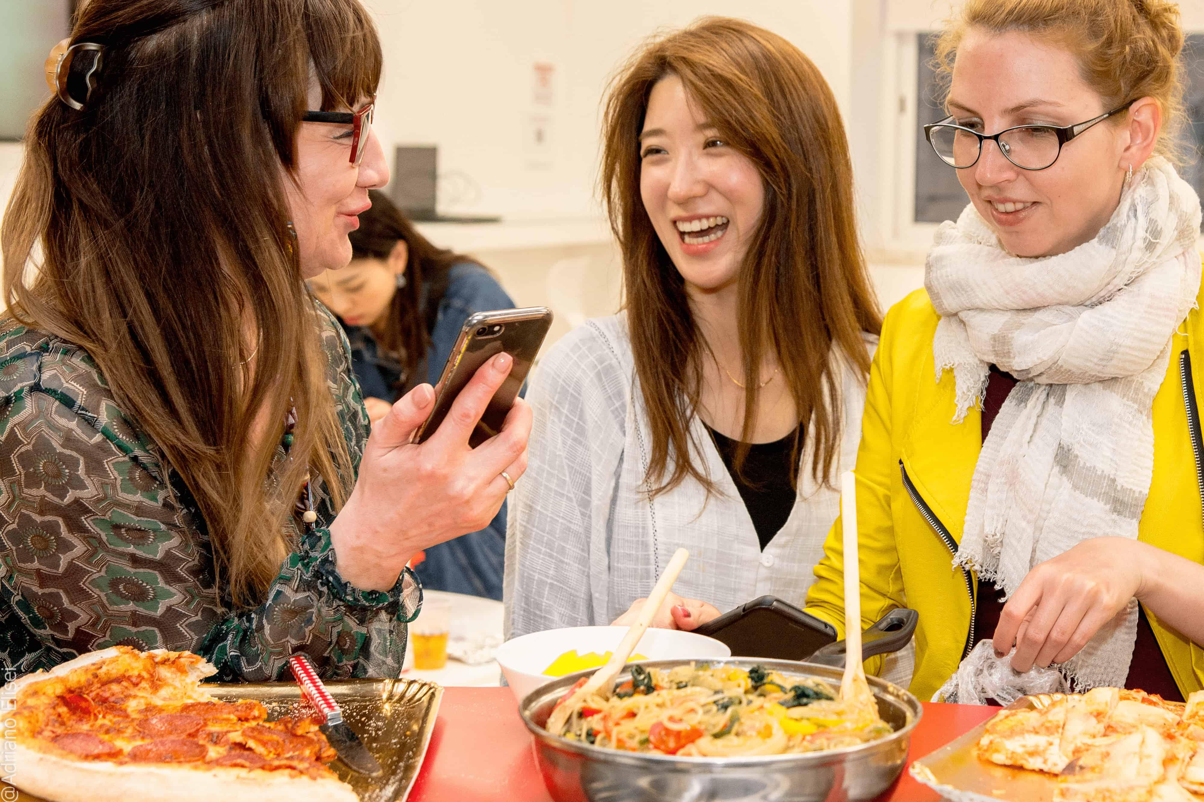 Mezinárodní den jídla v jazykové škole Atlas
