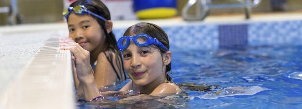 Kurz angličtiny na Maltě spojený s plaváním pro děti a mládež.