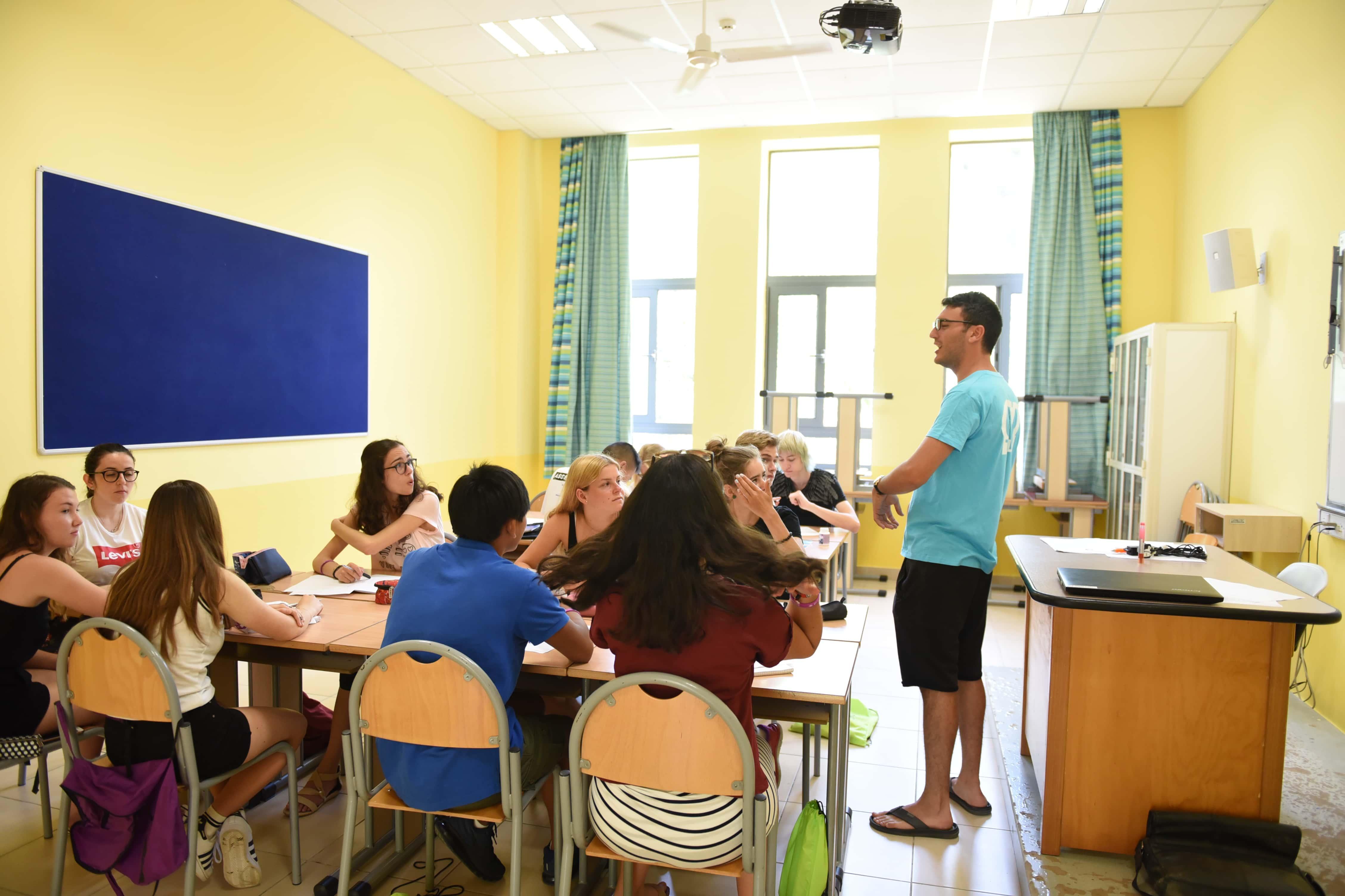 Výuka dětí, GV Summar Camp
