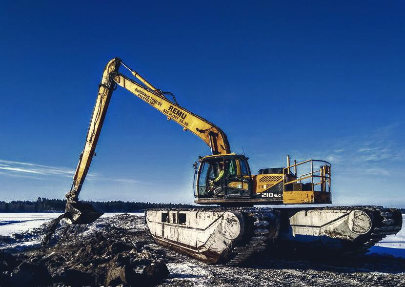Amphibious Excavator REMU OY