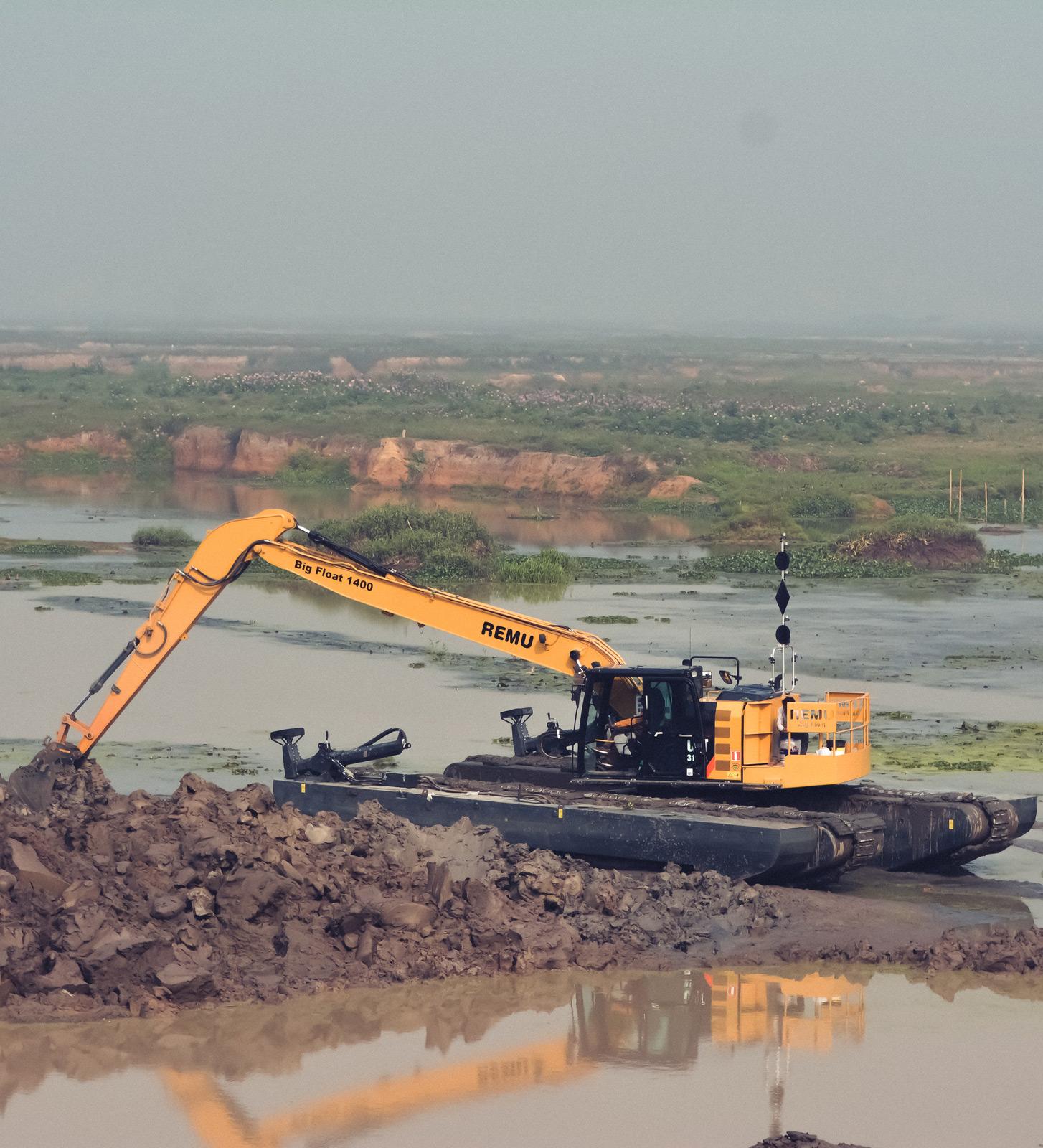 Flood Control Amphibious Excavator REMU