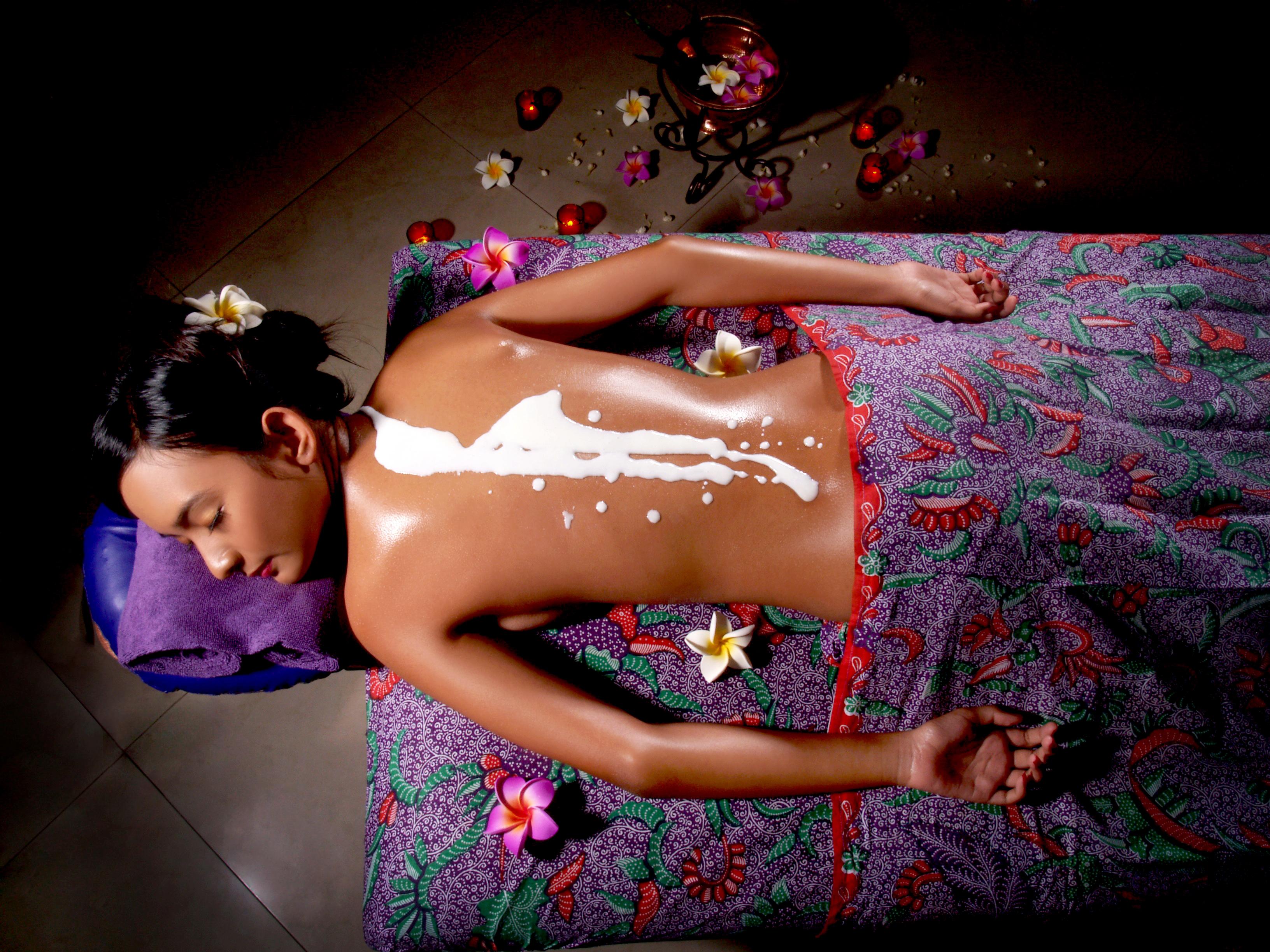 lulur susu untuk pemutih warna kulit natural