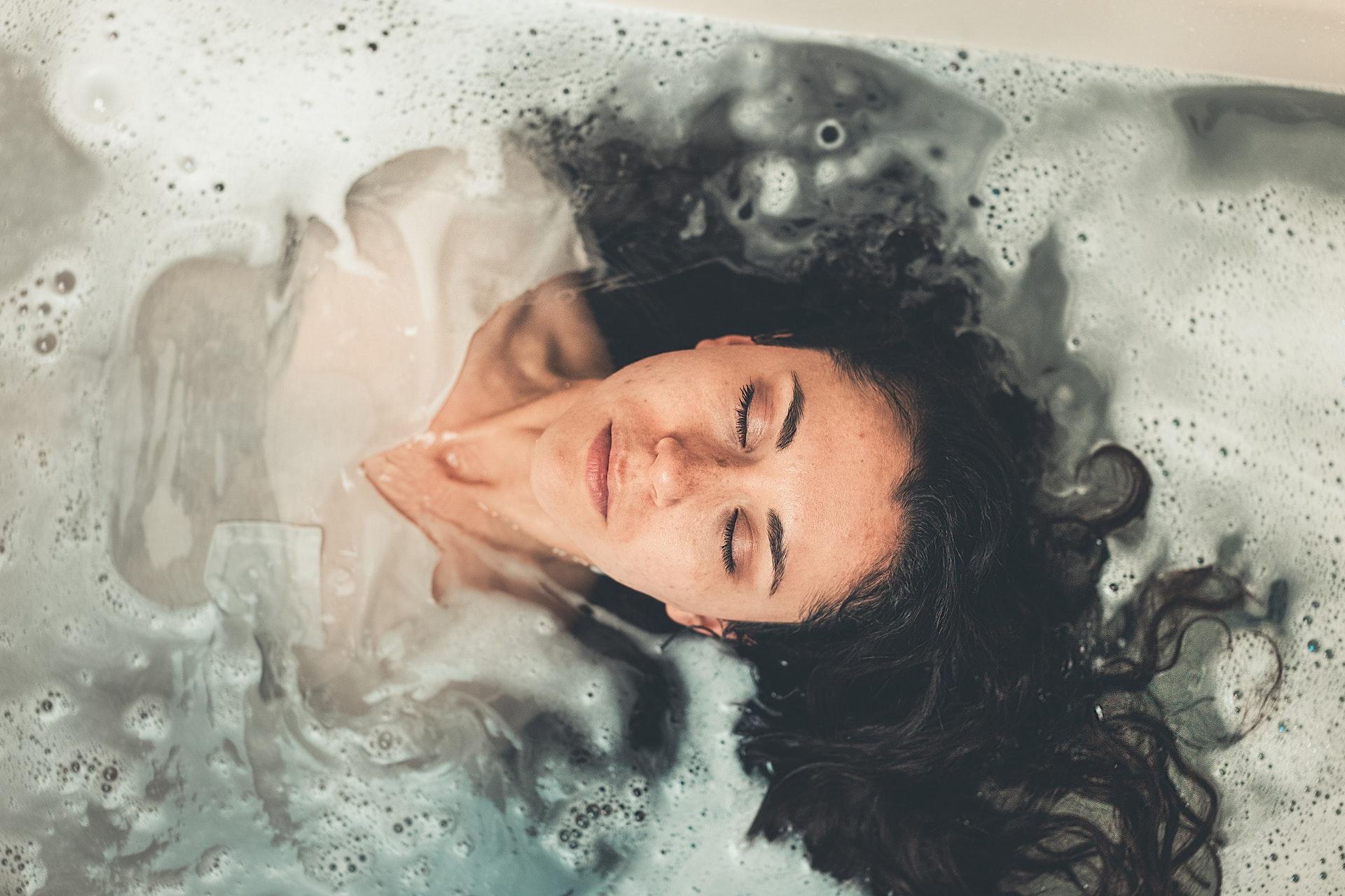 Massage Paling Murah, Nikmat dan Berkhasiat – Totok Wajah