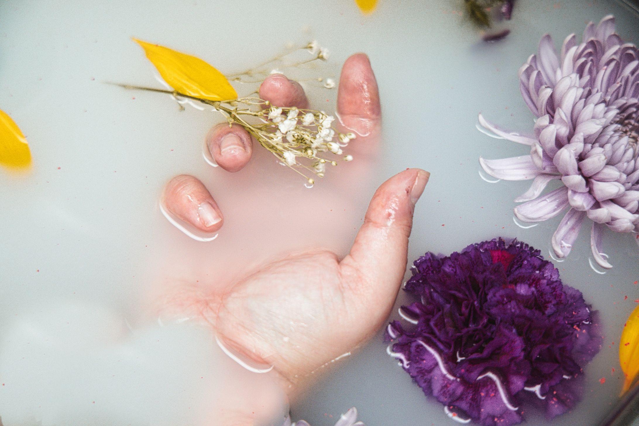 5 Tahapan Mempercantik Kuku dengan Manicure di Spa Terbaik