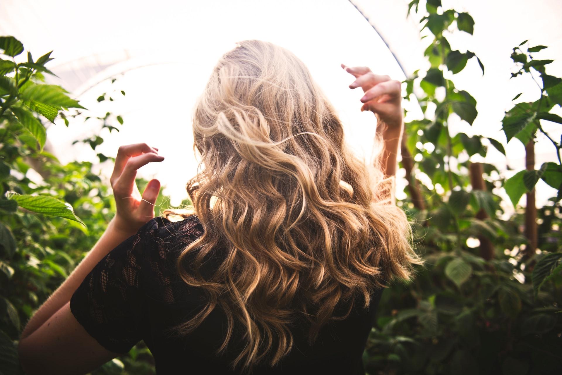 5 Langkah Lakukan Hair Spa di Rumah