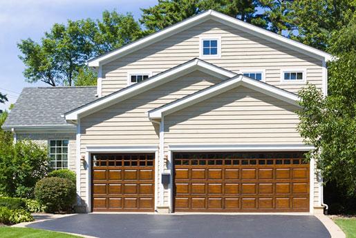 Sears Garage Door - Middle
