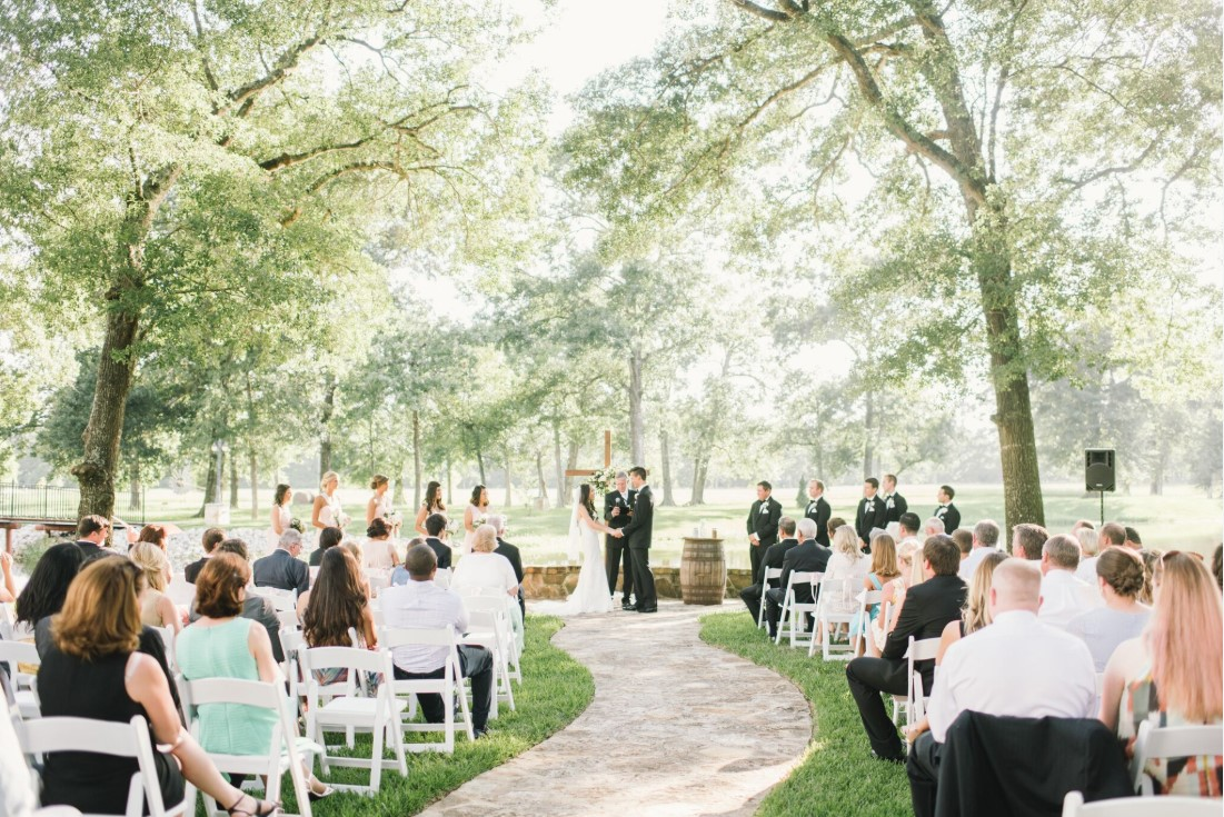 A picture perfect ceremony