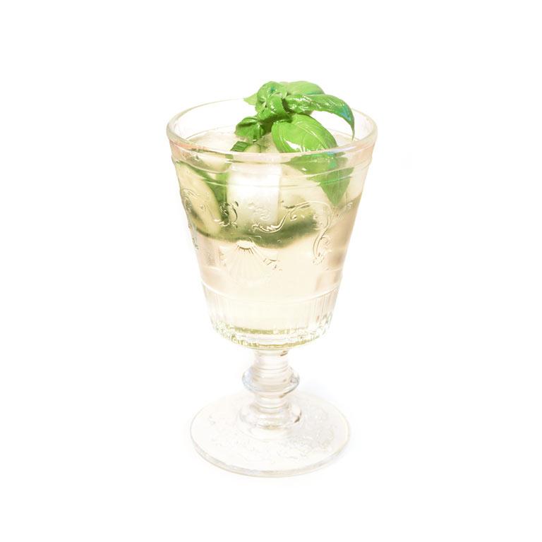 Rezept für selbst gemachten Cocktail mit Lillet Blanc und MUNDART Sirup