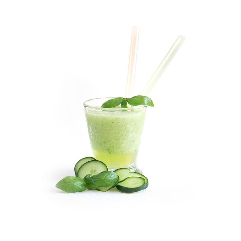 Rezept für selbst gemachten, grünen Smoothie mit MUNDART Sirup