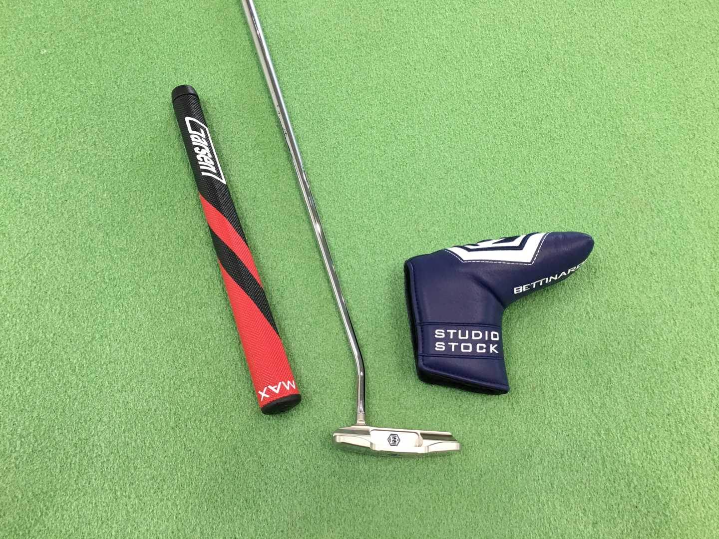 Bettinardi SS28 Slotback Armlock