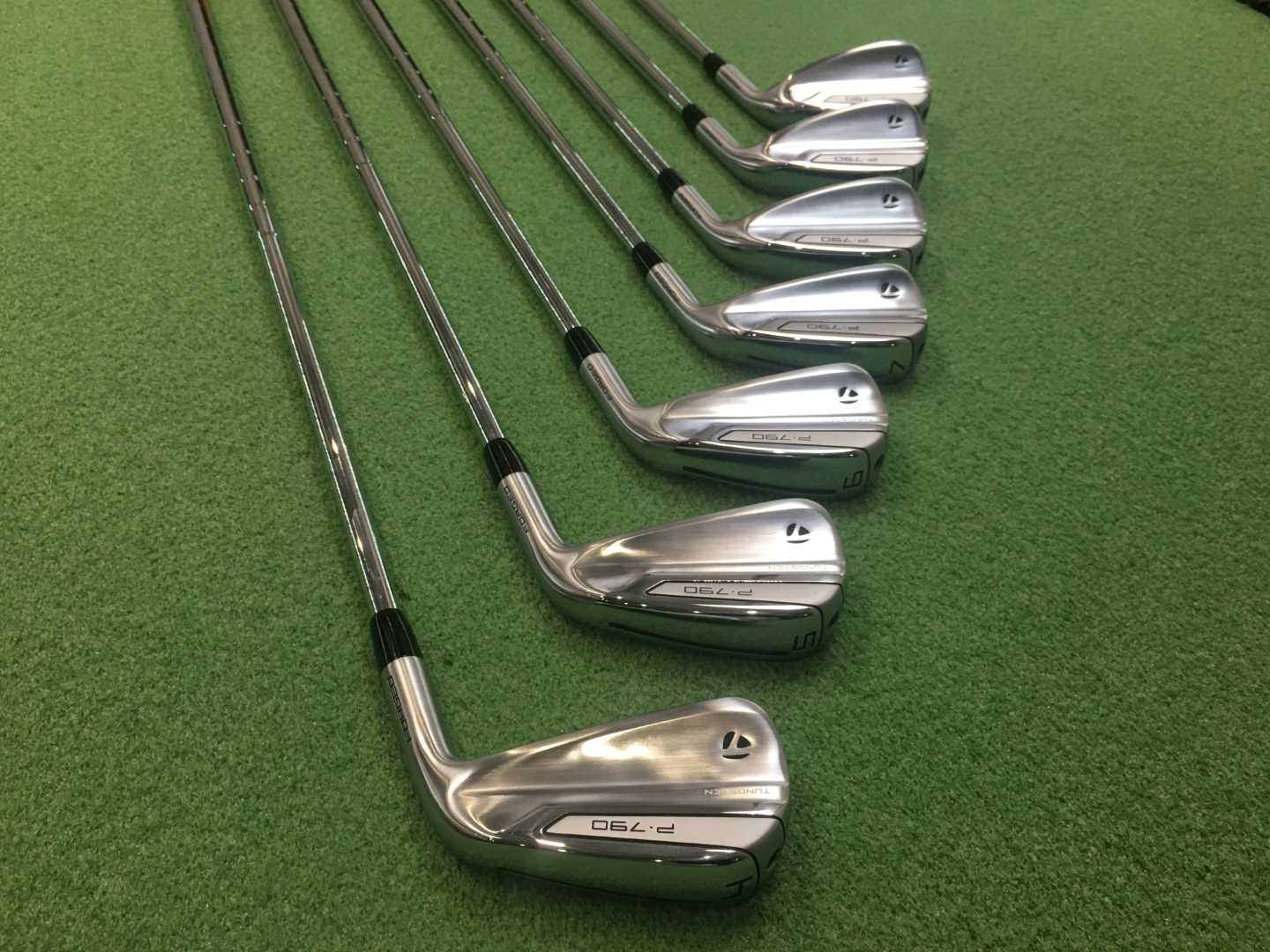 Build of the Week is these Taylormade P790's with Modus 105's, SST Pured with Pure Pro Red grips.