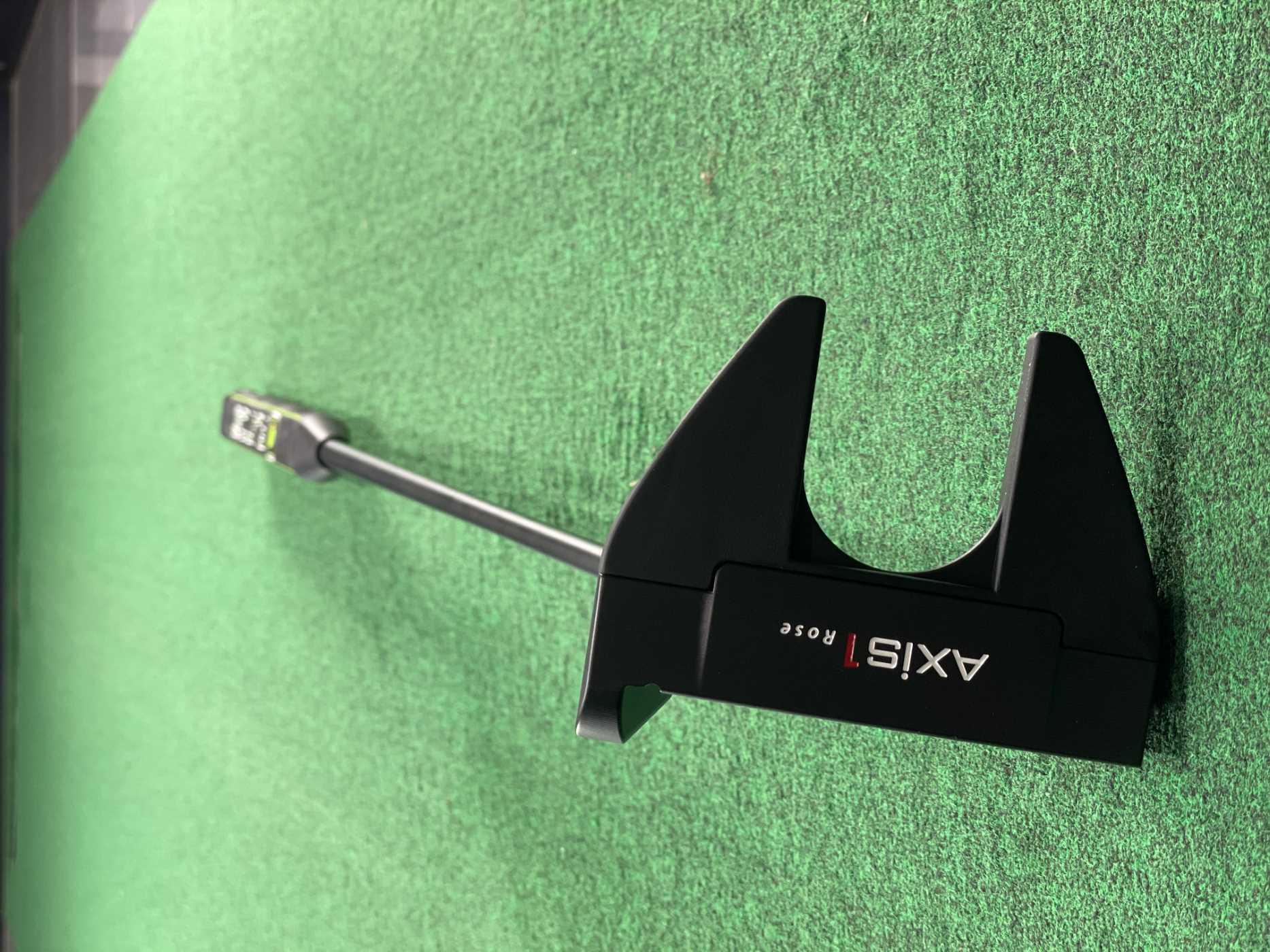 Custom AXIS1 Rose Putter