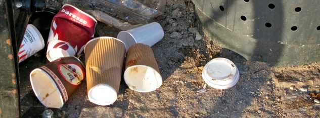 Copos de plástico, isopor e papel: por que dizer não?
