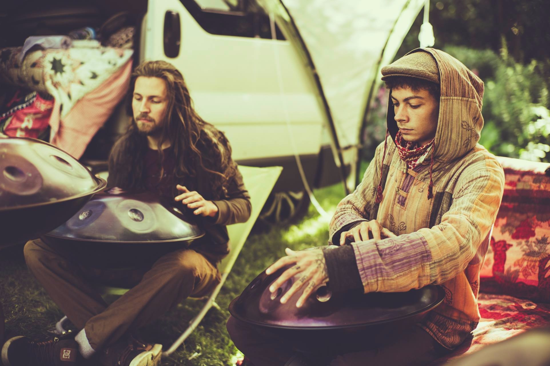 Hangout UK : Interview with one half of the first handpan festival organizers