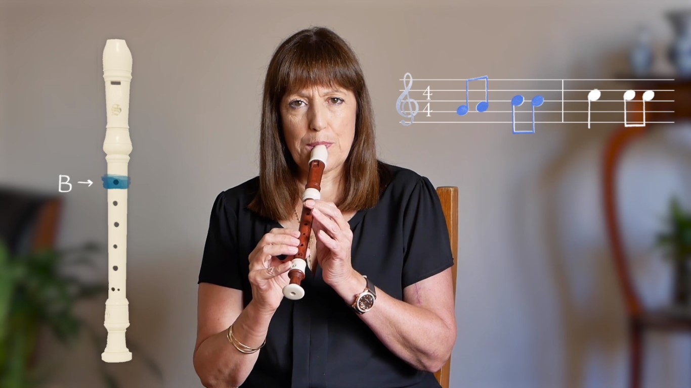 Playing the recorder – 4. Bransle
