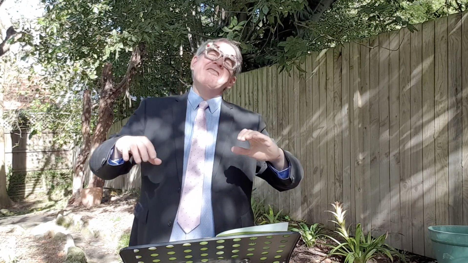 Choral singing tips – 07. Basic arm waving