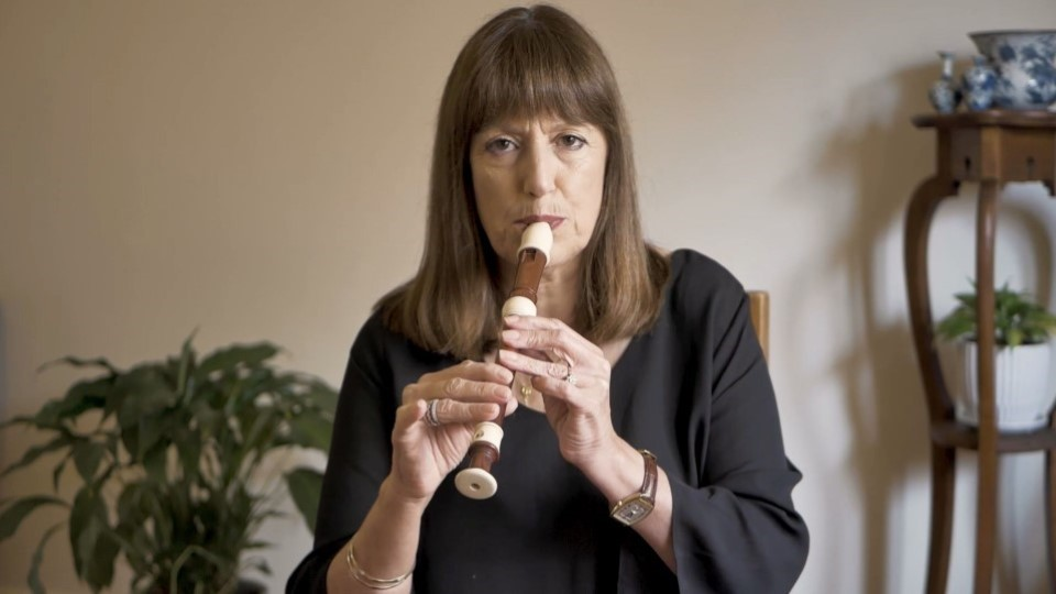Playing the recorder – 5. London's Burning