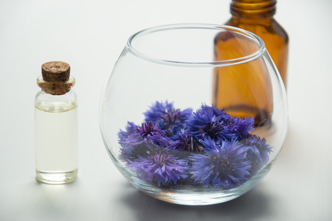 Essential Oil for Depression: purple flowers