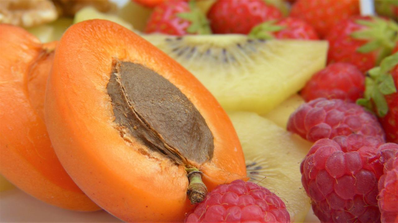 best biotin supplement: apricots and raspberries