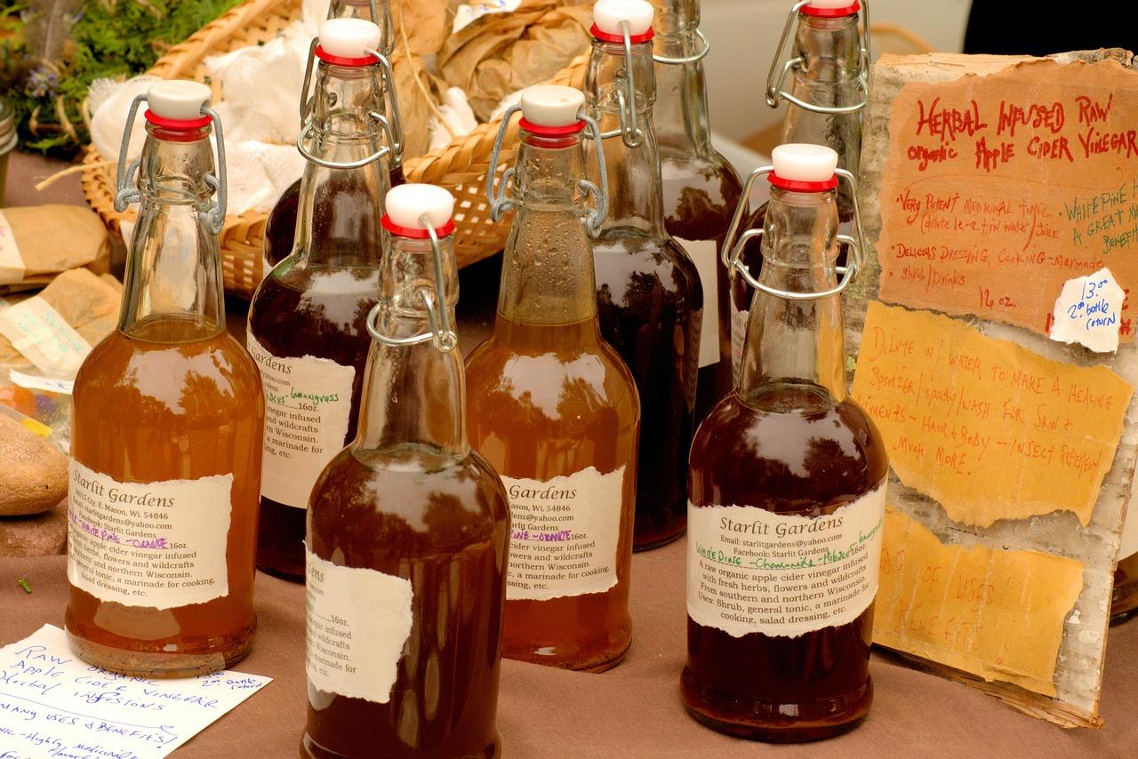 Honey And Apple Cider Vinegar in glass bottles