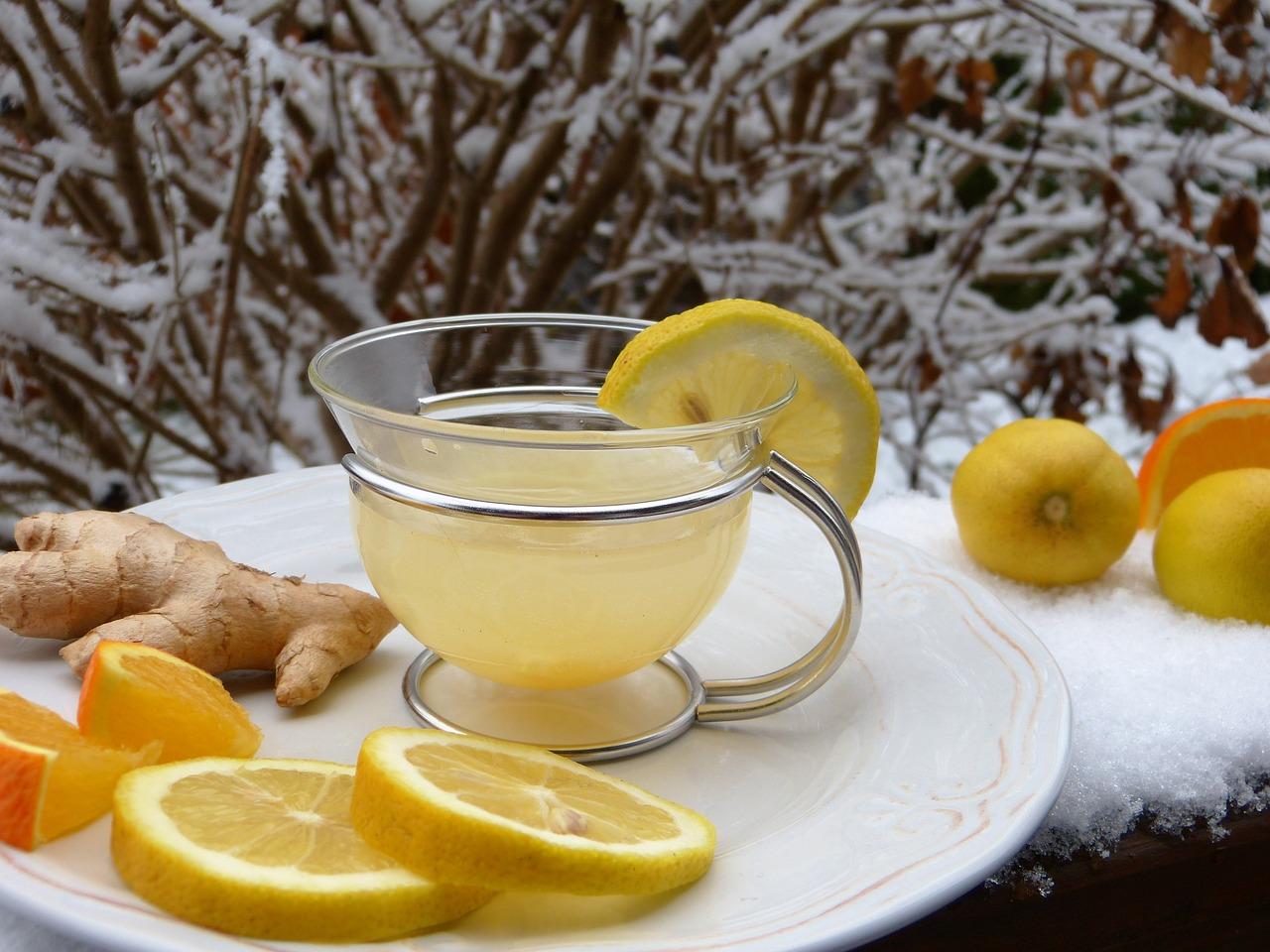 Ginger Benefits: ginger and lemon tea
