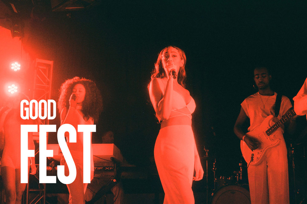 Solange performing  live at GoodFest