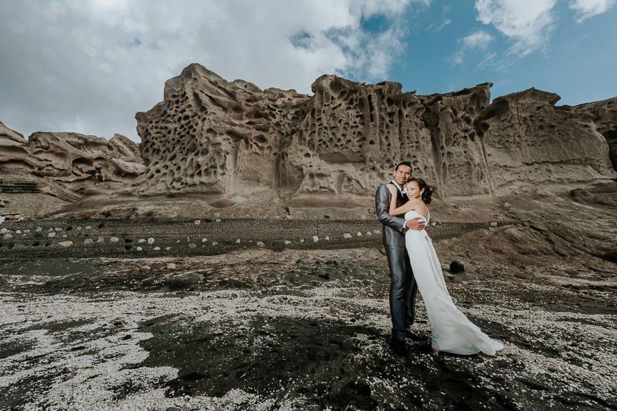 πρωτοτυπη pre wedding φωτογραφιση στη σαντορινη