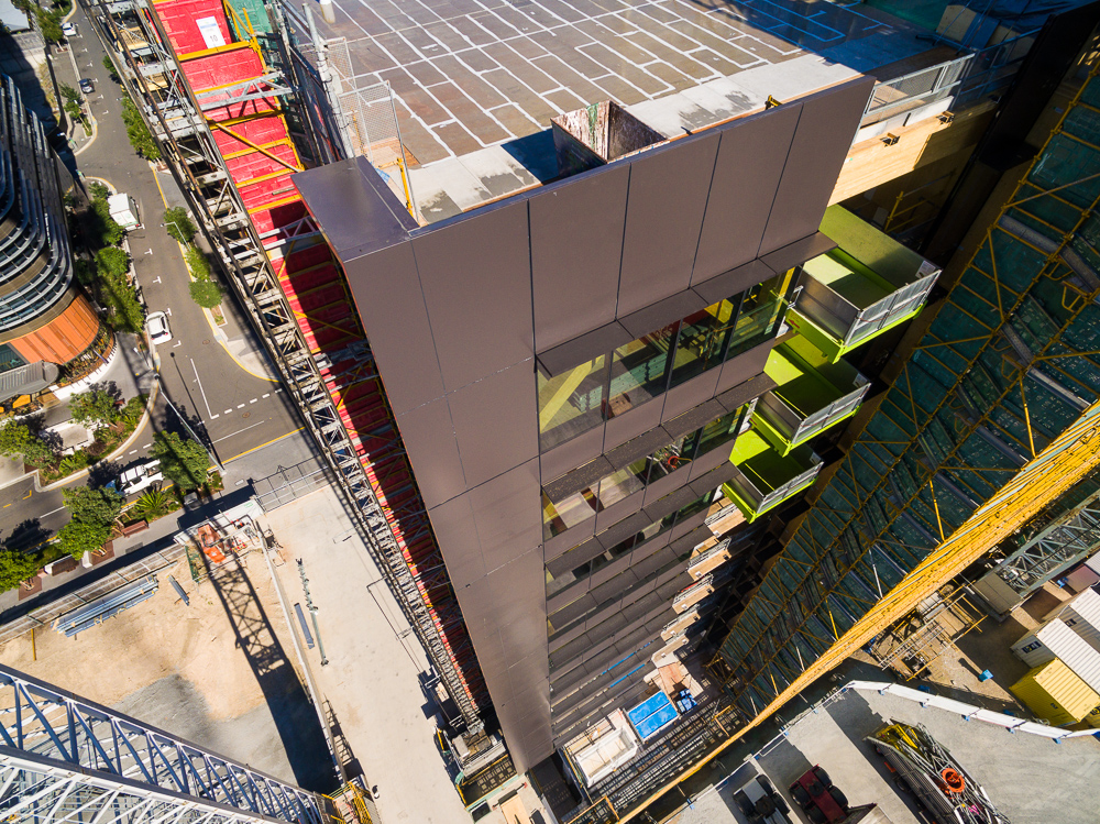 Rapax Construction Photography, used its drones to capture this view of 25 King Street, Brisbane. The unique timber high rise by Jones Lang Lasalle (JLL)