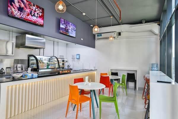restaurant area in student accommodation residence in dubai