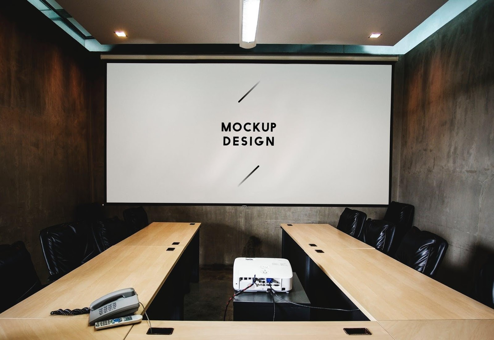 7 Stylish Conference Table Setup Ideas For Coworking Spaces