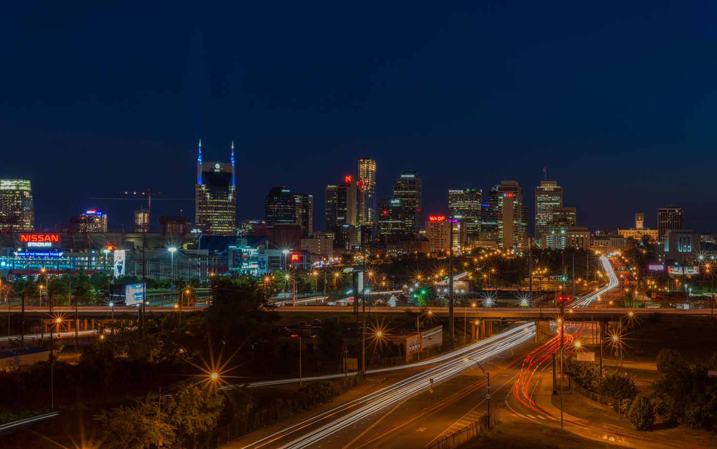 Nashville skyline limousine