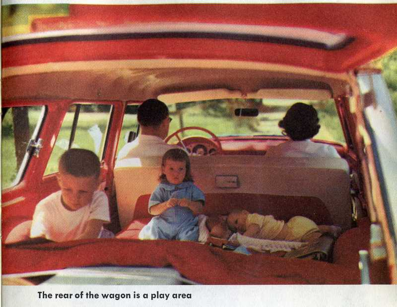 Kids in station wagon with no seatbelts