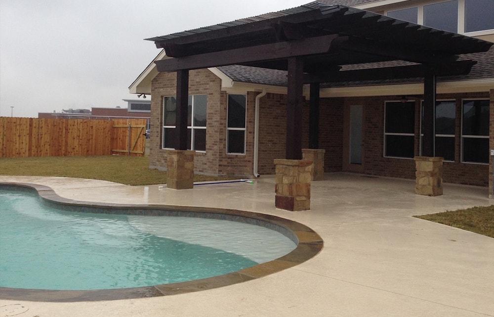 Majestic Custom Pools Outdoor Backyard