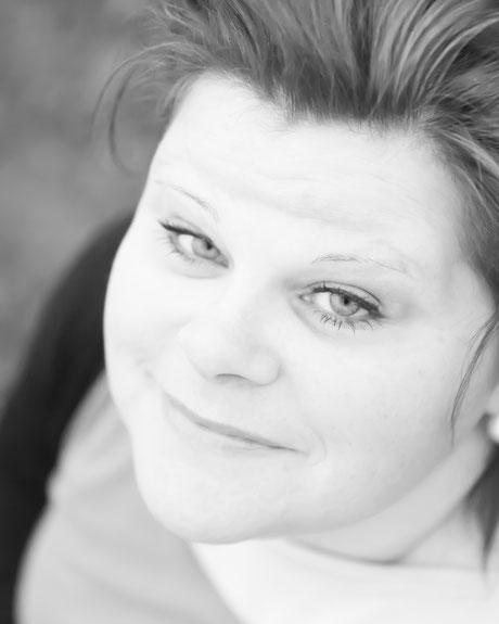 Portret van rouwtherapeut Rebecca Dabekaussen