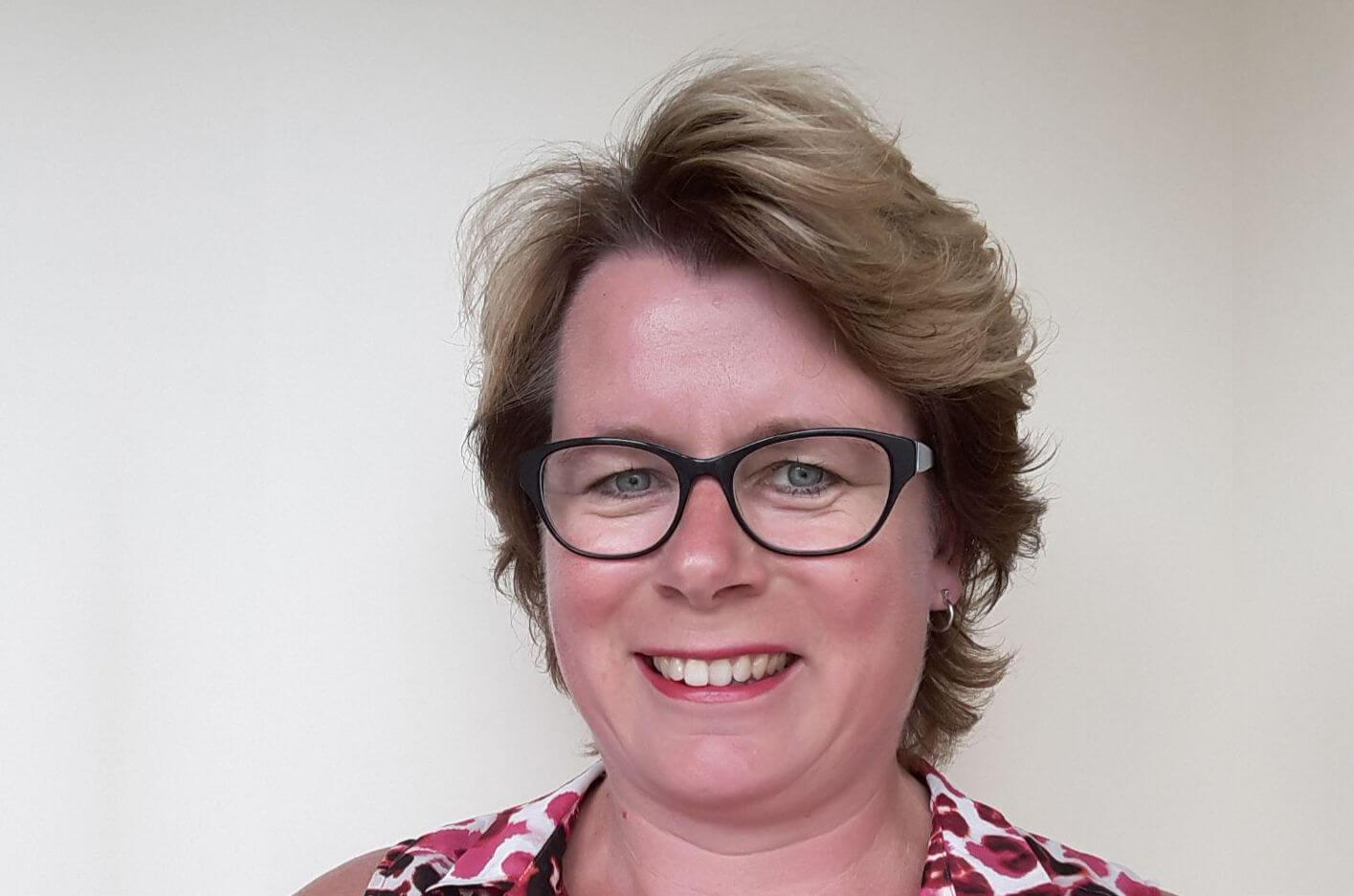 Portret van secretaris Claudia van den Brink