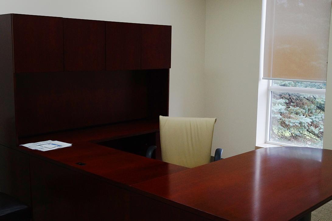 desk at the Mono Internet Centre