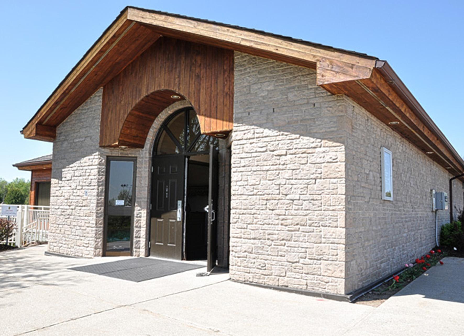 Monora Park Pavilion Entrance